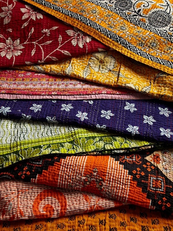 Exquisite Kantha – Bedroom Decorating Idea