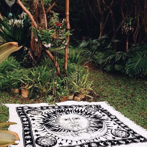 Black and White Sun Moon Tapestry 03