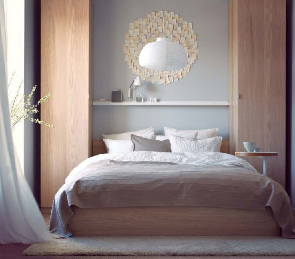 pendant-light-over-bed