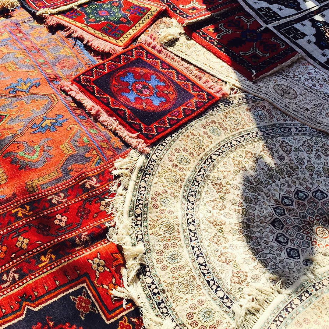 rugs for dorm room