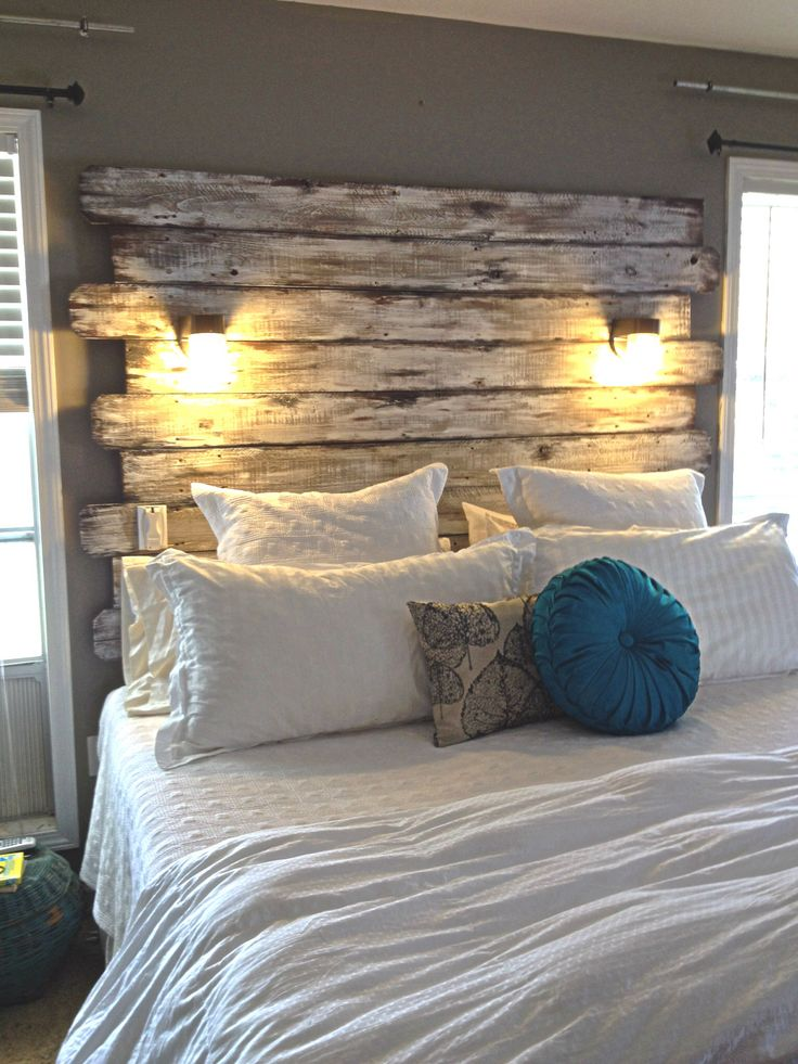 reclaimed-wood-headboard-bedroom