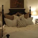 Hotel Style Bedroom Decorating Idea Tips