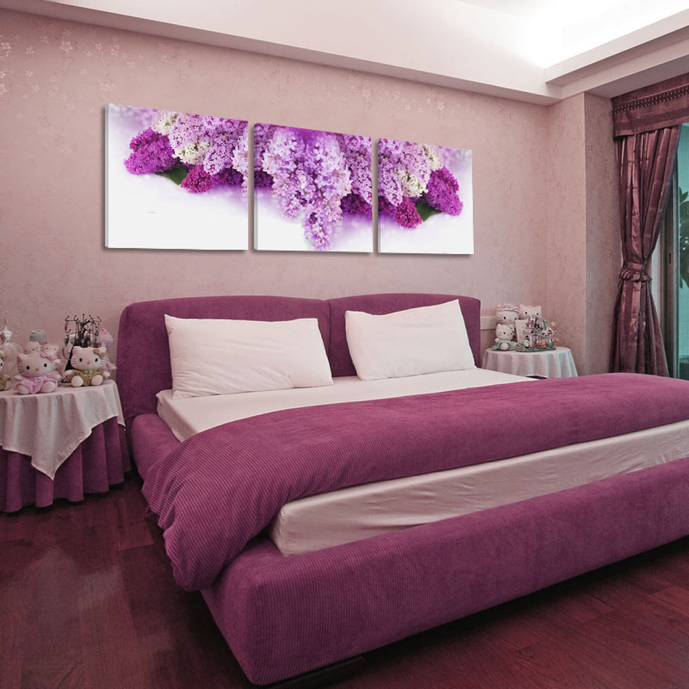chinese painting in bedroom
