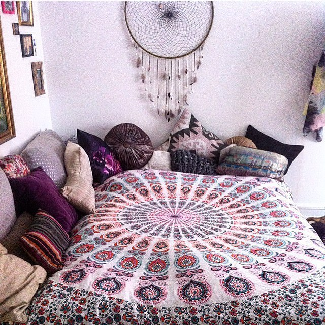 50 hippie room decorating ideas royal furnish for Room decorating ideas hippie