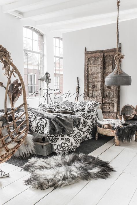 Bohemian Chic Bedroom 21 bohemian chic bedroom decor ideas | royal furnish