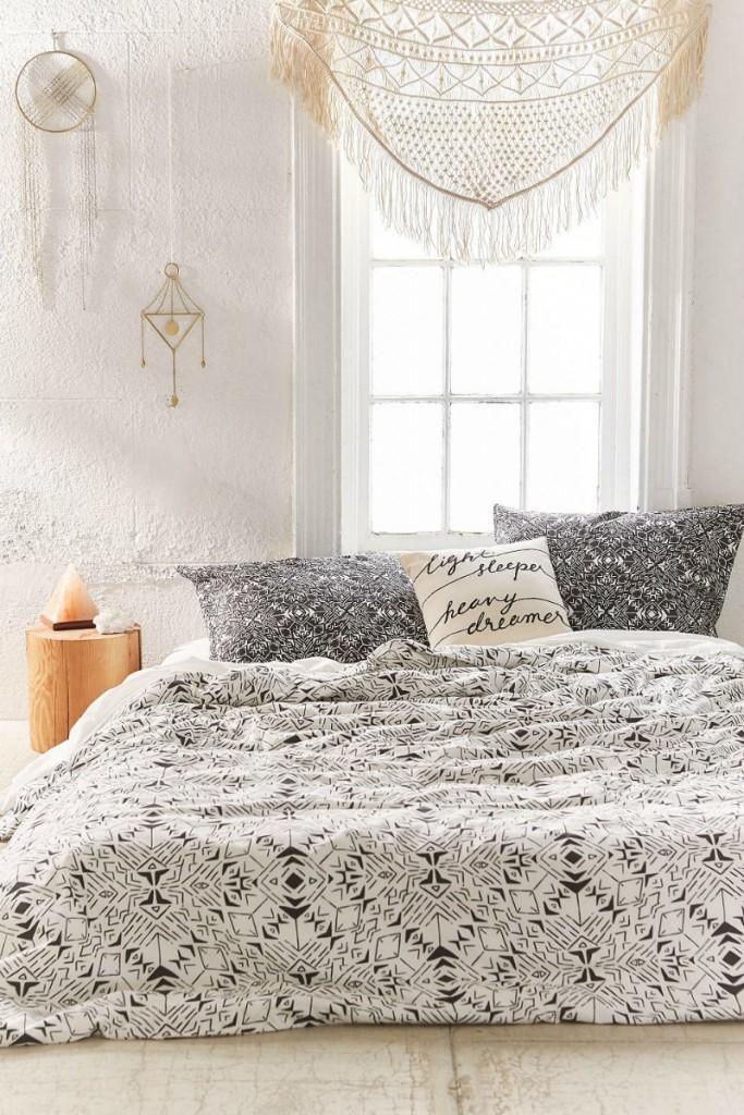 bohemian style room idea 14
