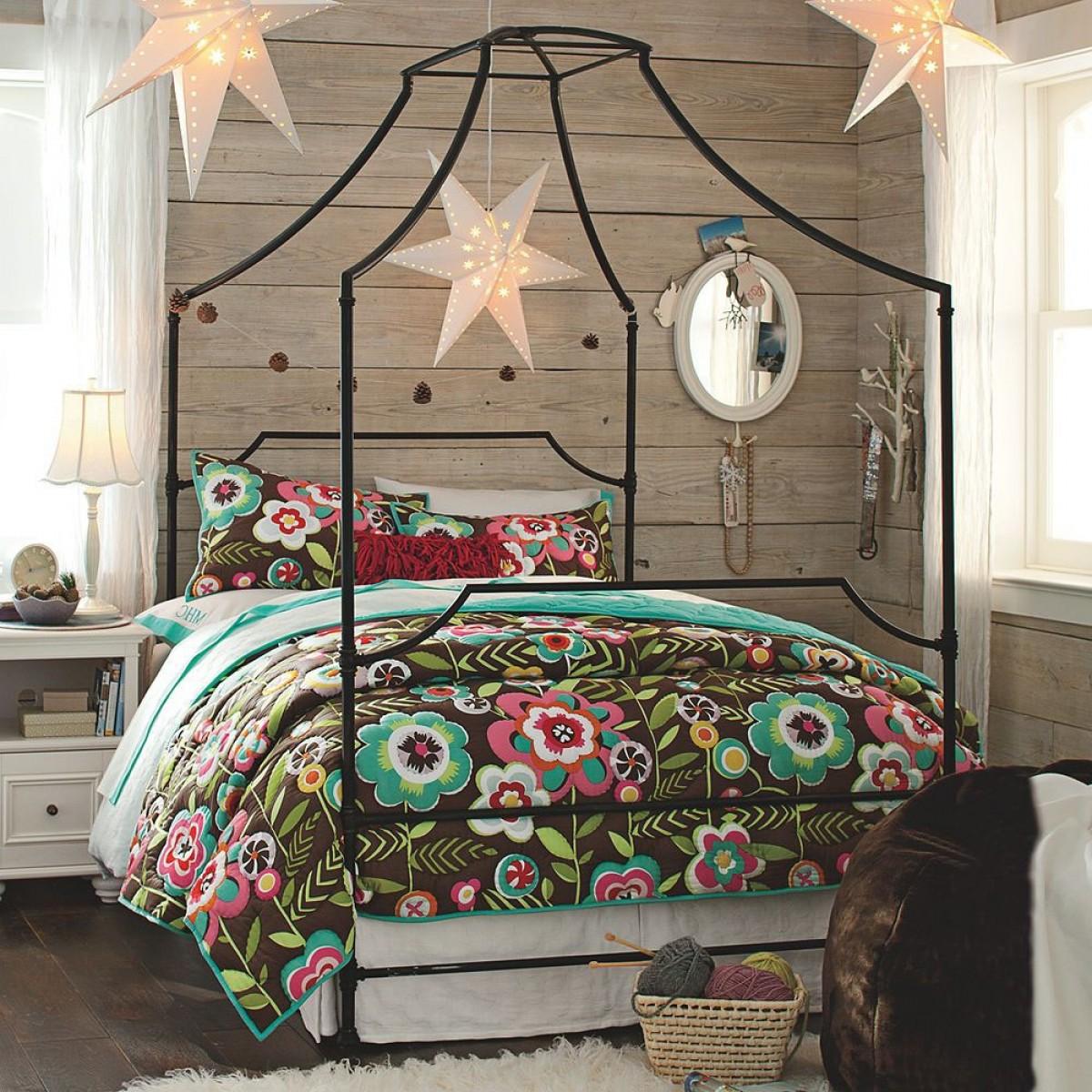 Bed canopy gypsy - Bohemian Style Room Idea 15