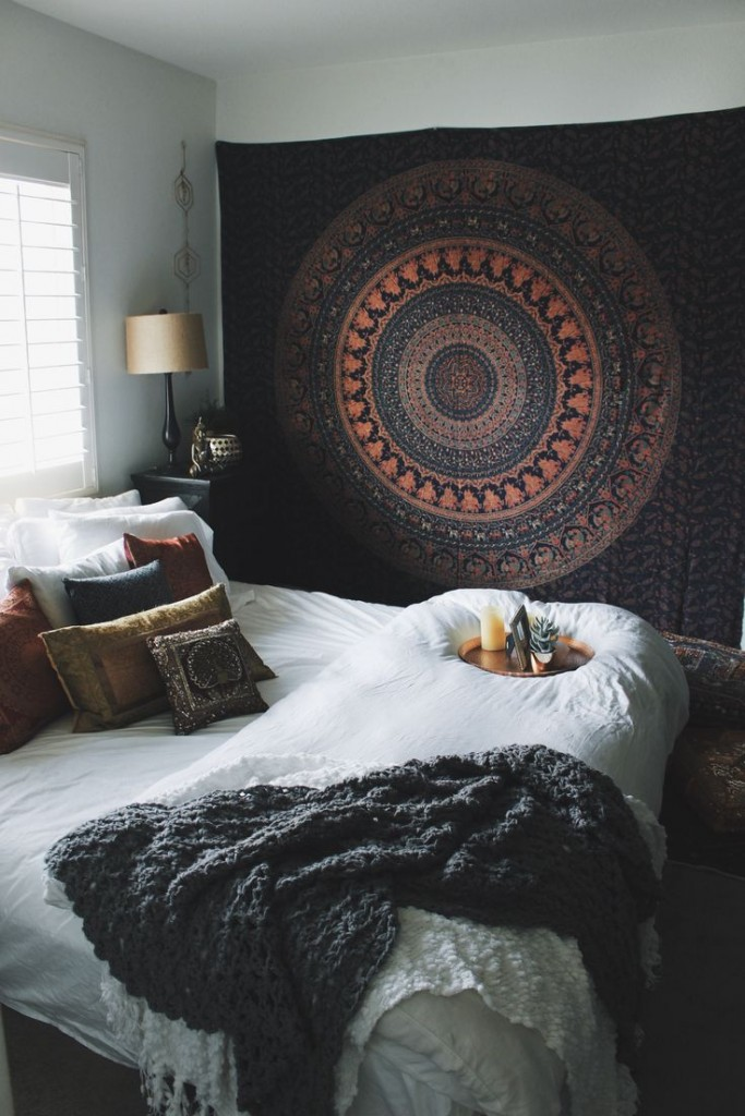 bohemian style room idea 11