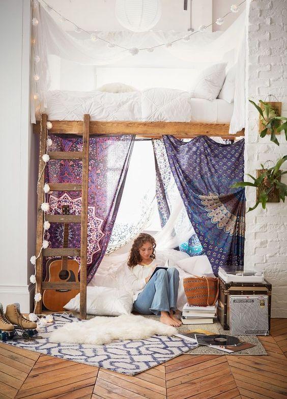 decorate bedroom with tapestries wall hangings