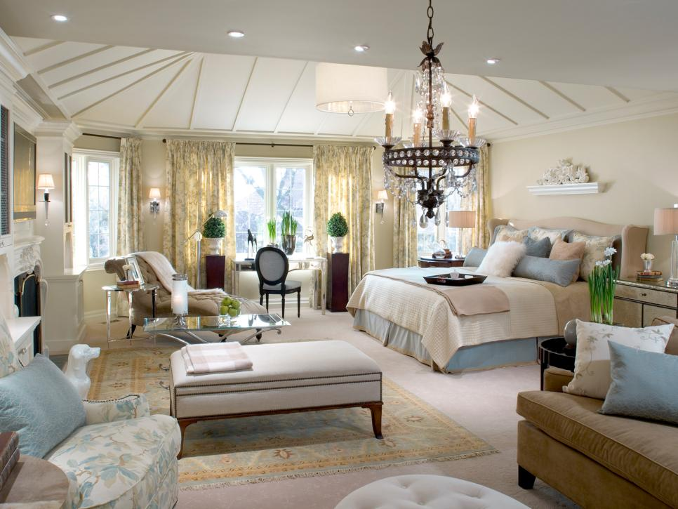 great bedroom decorating ideas. romantic bedroom idea Best Bedroom Decorating Ideas for Romantic Couples  Royal Furnish