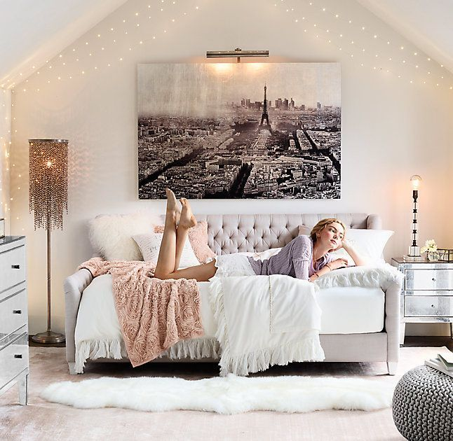 teen bedrooms art