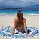 How to use tapestry on beach